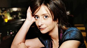 Popdose at Kirkus Reviews: Rachel Dratch, &#8220;Girl Walks into a Bar&#8221;