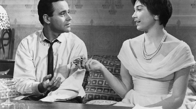 Jack-Lemmon-and-Shirley-MacLaine-in-The-Apartment-1960