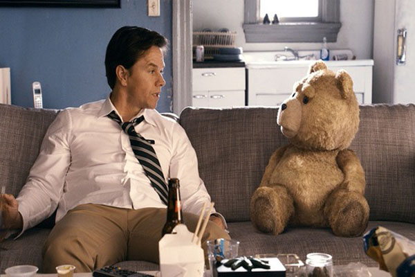 Mark-Wahlberg-Ted-movie-image-seth-thumb-550x326-41533[1]
