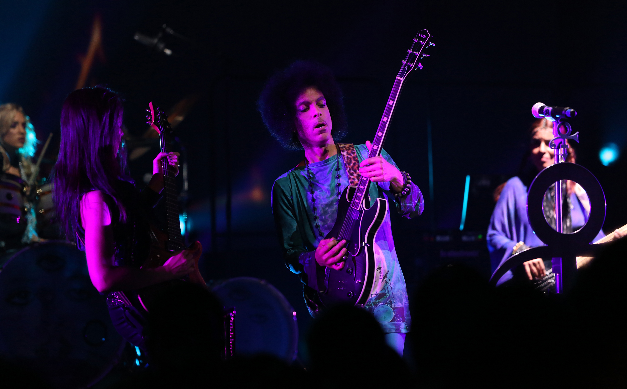 "(Exclusive Coverage) Prince performs onstage during his ""HitnRun"" tour at Sony Centre For Performing Arts on May 19, 2015 in Toronto, Canada."