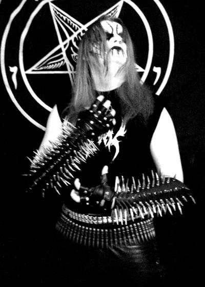 Cd Reviews Satanic Warmaster Tub Ring Sahg Murderdolls