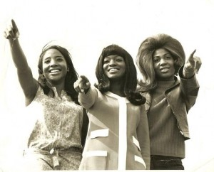 The+Flirtations+Sixties_Flirtations_phot