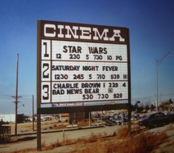 cinema-star-wars-1977-500
