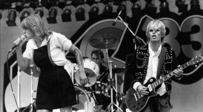 "Pulling Rank: 10 DiVinyls Songs You Should Be Listening to That Aren't ""I Touch Myself"""