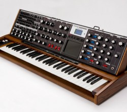 moog-minimoog-voyager-xl-synthesizer[1]