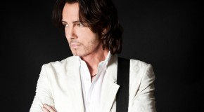 "Chasing Good Songs: Rick Springfield On His New Music & The 30th Anniversary Of ""Living In Oz"""