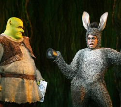 shrek-the-musical-blu-ray-dvd-SHTM_Stills_4028x2692_04_rgb
