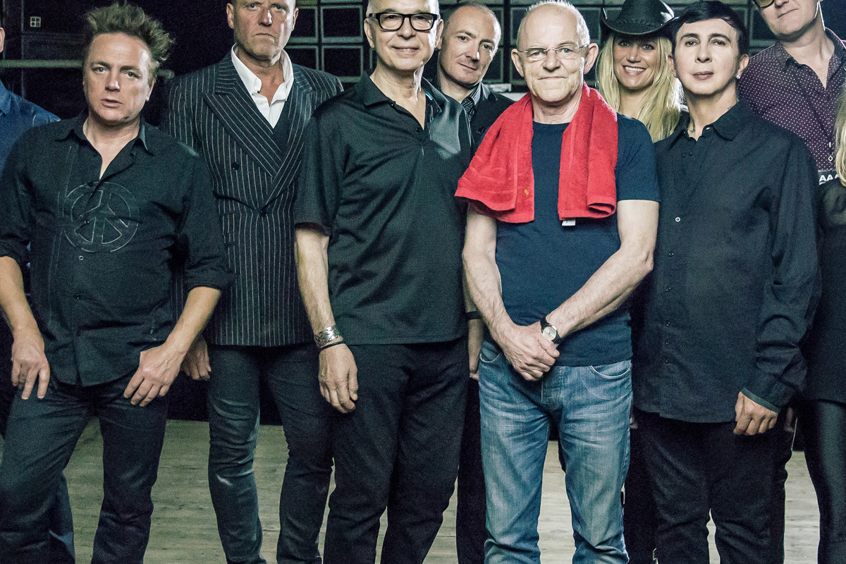 Tony Visconti - Holy Holy - photo by Chris Youd